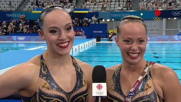 Claudia Holzner et Jaqueline Simoneau le sourire aux lèvres.