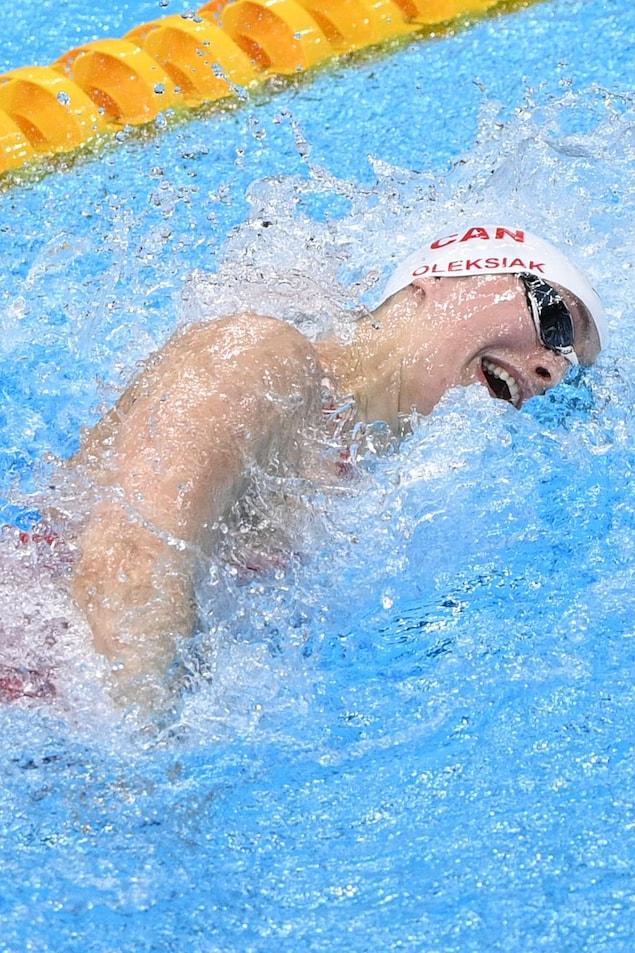 La nageuse Penny Oleksiak en plein effort.