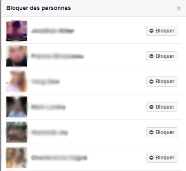 On voit six profils Facebook, ainsi qu'un bouton qui permet de les bloquer.