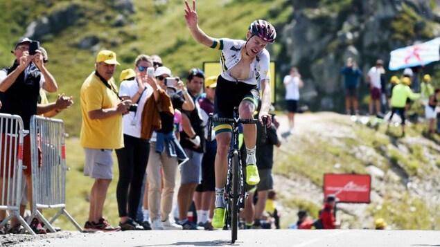 Alexander Evans remporte dans la douleur la 8e étape du Tour de l'Avenir.