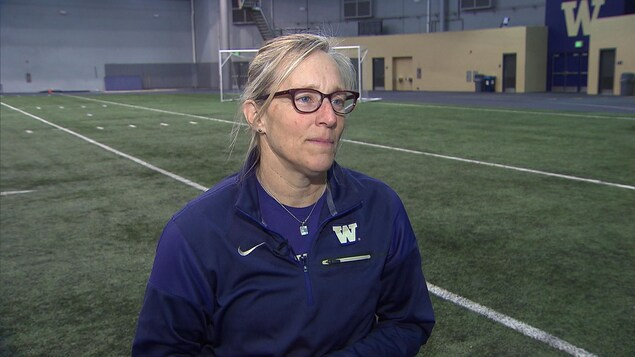 Amy Griffin, entraîneuse de soccer, Université de Washington