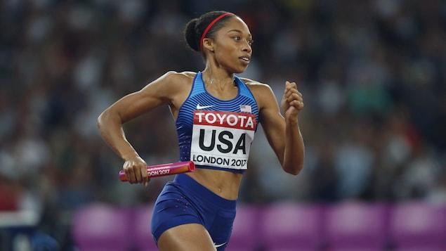 Allyson Felix en action en finale du relais 4 x 400 m aux mondiaux de Londres, en 2017