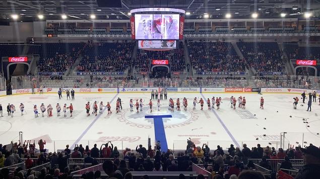 Les Canadiennes de Montréal et l'Inferno de Calgary se sont affrontés en finale de la Coupe Clarkson pour la troisième fois en quatre ans.