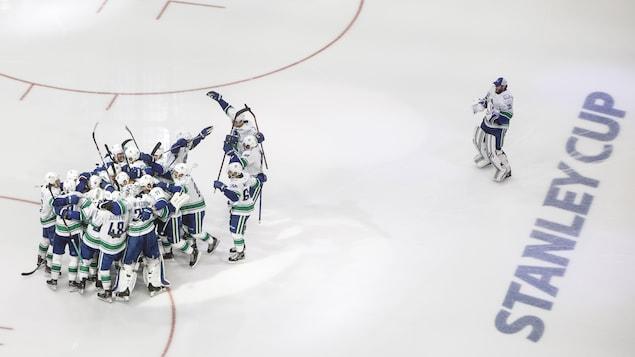 Les joueurs des Canucks de Vancouver