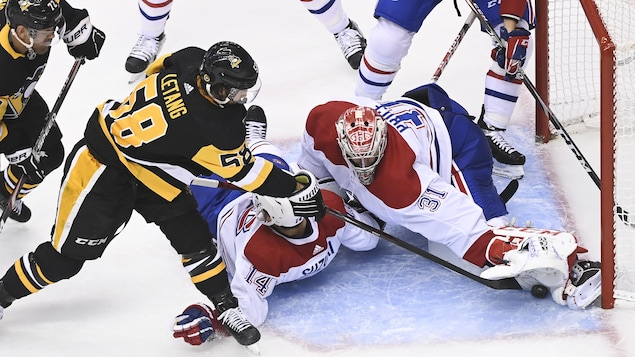 Carey Price frustre Kristopher Letang.