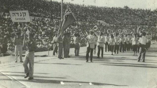 George Reinitz est le porte-drapeau du Canada aux Jeux Maccabi en Israël