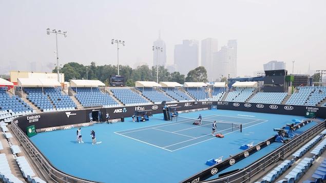 Un terrain d'entraînement du Melbourne Park où se tiennent les Internationaux d'Australie.