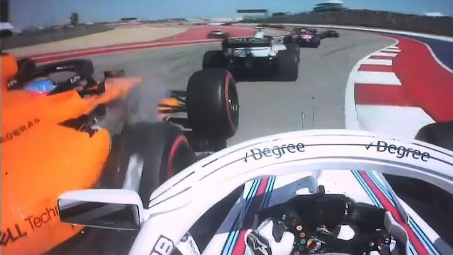 Lance Stroll heurte la McLaren de Fernando Alonso à Austin.
