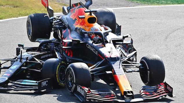 Un accident entre deux F1