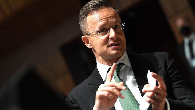 Le ministre des Affaires étrangères de la Hongrie, Peter Szijjarto