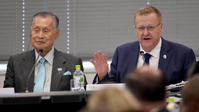Le président du COJO de Tokyo Yoshiro Mori et John  Coates