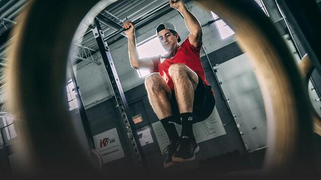 Les mouvements de gymnastique, une partie essentielle du CrossFit