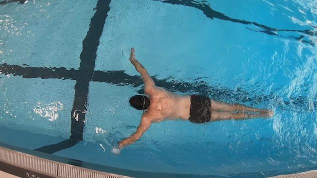 Benoît Huot en piscine