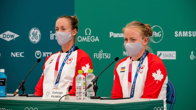 Las remadoras canadienses Caileigh Filmer y Hillary Janssens.