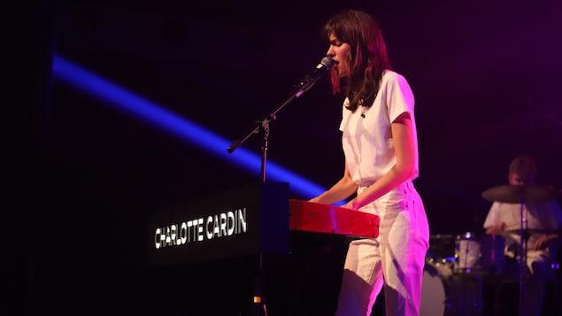 Charlotte Cardin sur scène