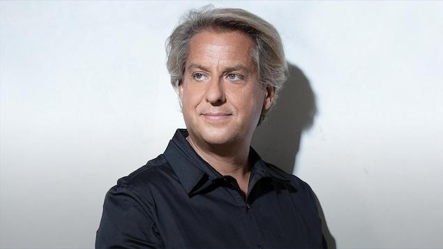 Le pianiste Alain Lefèvre pour l'album Opus 7