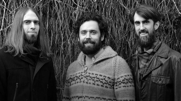 La formation franco-manitobaine Les Surveillantes pour Feu les artifices, son deuxième album (2020).
