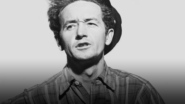 Le chanteur folk Woody Guthrie