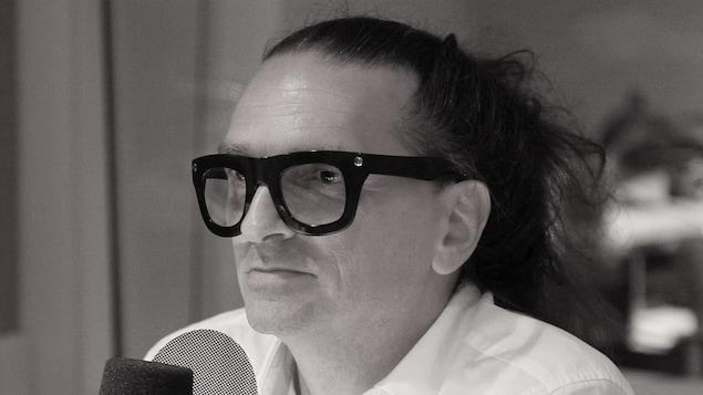 Le créateur de mode Denis Gagnon