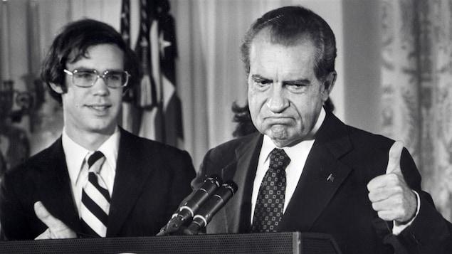 Le président Richard Nixon annonçant sa démission, le 9 août 1974.