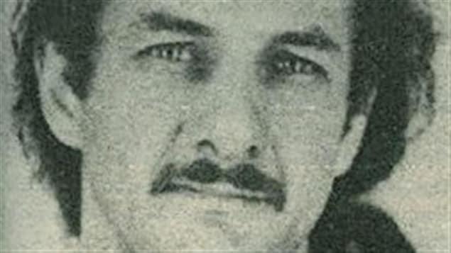 Une photo d'Allan Legere que montrait les policiers à la population pendant les recherches en 1989.
