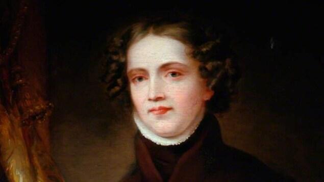 Un portrait ancien d'une femme aux lèvres roses.