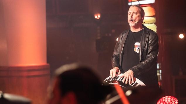 Dan Bigras lors du 30e Show du Refuge.