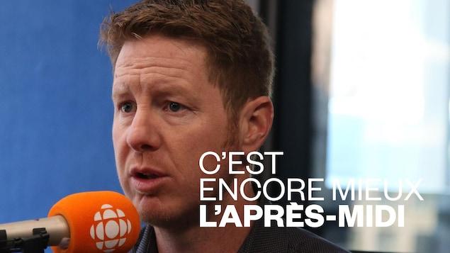 Daniel Tremblay au micro d'ICI Québec