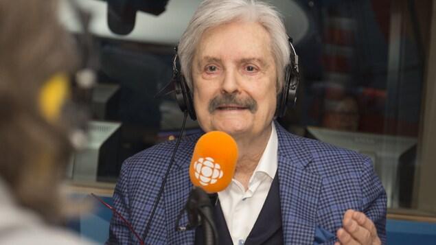 Marc Laurendeau interviewé par Franco Nuovo au studio 17 de Radio-Canada, à Montréal, le 4 février 2018