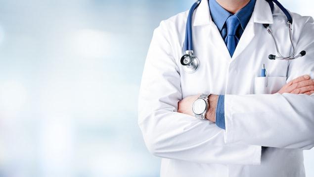 La réflexion au sujet de la privatisation partielle des soins de santé est amorcée depuis une vingtaine d'années au pays.