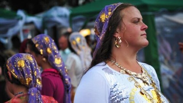 On compte environ 12 millions de Roms en Europe.