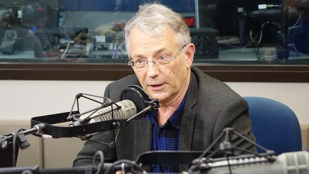 Ferry de Kerckhove, ancien diplomate canadien et collaborateur à l'École supérieure d'affaires publiques et internationales de l'Université d'Ottawa