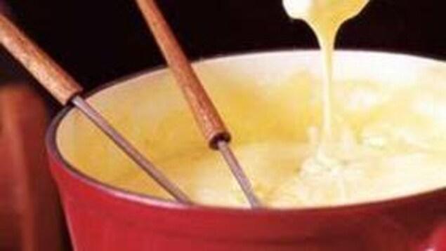 La fondue aux fromages et à la bière de la chef Suzie Rainville.