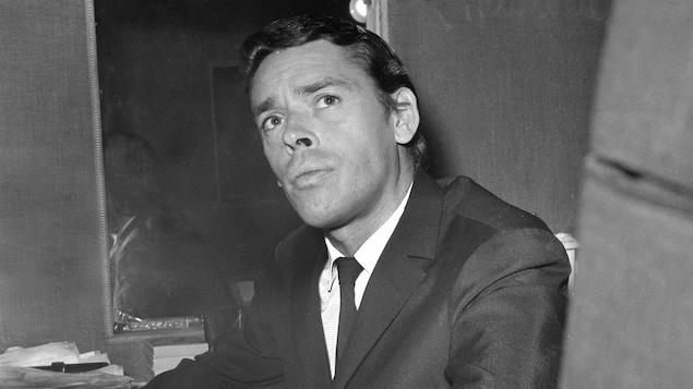 Jacques Brel, en octobre 1966 à l'Olympia de Paris