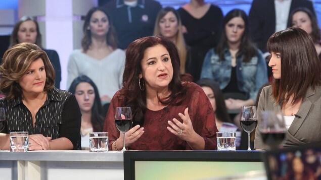 Maria Mourani, sur le plateau de Tout le monde en parle