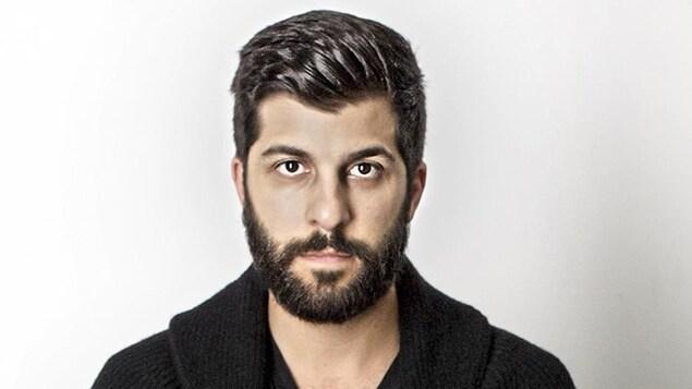 Adam Paolozza, comédien et directeur artistique