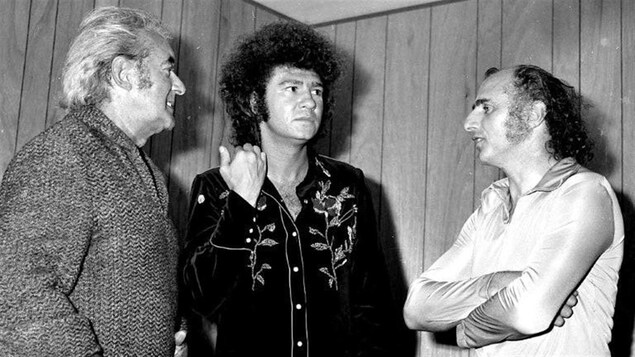 Félix Leclerc, Robert Charlebois et Gilles Vigneault.