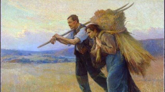 Peinture de deux travailleurs agricoles dans les champs transportant une faux et une botte de foin.
