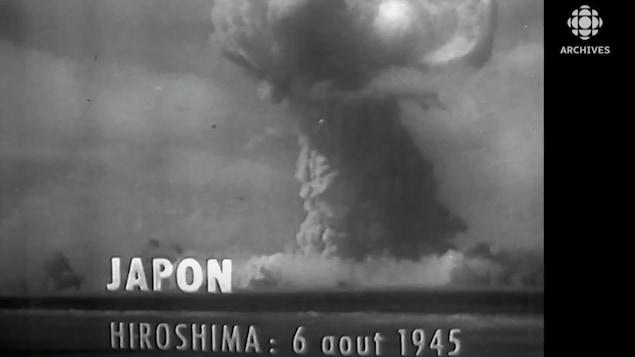 Image du champignon atomique sur la ville d'Hiroshima captée par l'Armée américaine et diffusée par Radio-Canada en 1959.