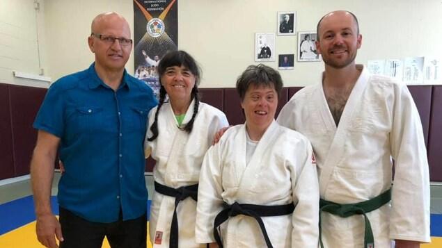 Caroline Filion, une judoka de Baie-St-Paul, est la première trisomique au Canada à obtenir sa ceinture noire