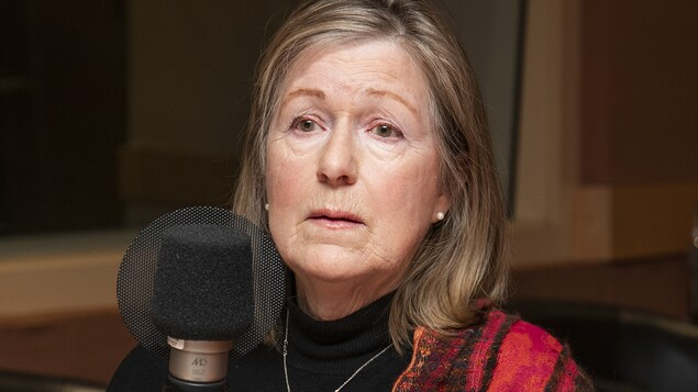 France Bédard au micro d'Isabelle Craig.