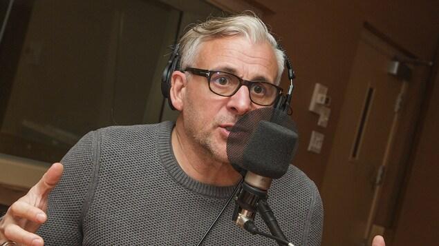Patrick Huard au micro de Catherine Perrin