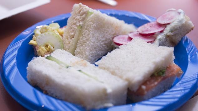L'assiette de sandwichs de Lorraine Pagé.