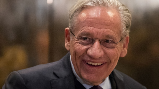 Le journaliste Bob Woodward à la Trump Tower, en janvier 2017.