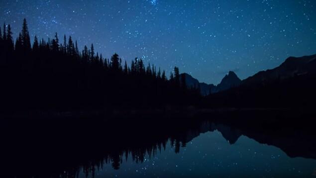 Nuit étoilée à Jasper, AB