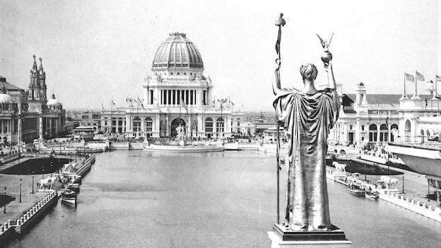 Bâtiments de la White City lors de l'Exposition universelle de 1893, à Chicago.