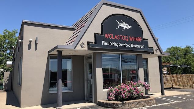 Restaurant Wolastoq Wharf, Première Nation Sitansisk Wolastoqiyik, à côté de Fredericton.