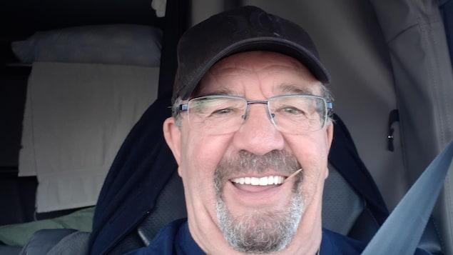 Robert Bélanger dans son camion