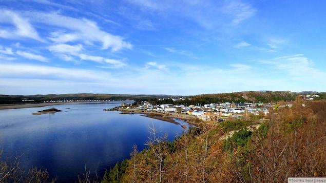 Le village de Saint-Augustin et Pakua Shipi en Basse-Côte-Nord.
