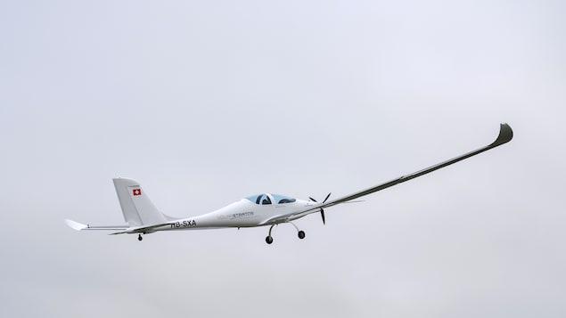 L'avion solaire SolarStratos lors d'un vol en Suisse, au mois de mai 2017